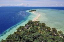 马达京岛,这个位于马来西亚,沙巴州东边的海岛,是一个风景如画、气候温暖的热带渡假天堂,也是潜水人响往