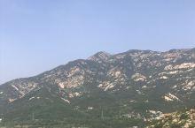毛公山,伟人安详的躺在山巅
