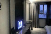 新装修的酒店,价格便宜服务态度很好。下次来叶城就住雪域酒店