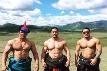 蒙古的摔跤手