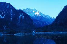 假装在瑞士
