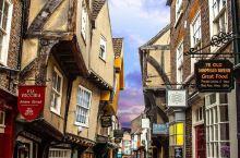 英国保存最完整的中世纪街道,约克肉铺街