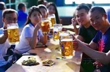 夏天与啤酒烤串相搭-夜色阑珊处