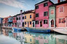威尼斯水城之行正好赶上了当地的一年一次的狂欢节,各地的游客们都装扮起来,异常热闹。 威尼斯推荐必吃美