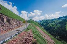 新疆最美最险独库公路,在这里可以一路四季