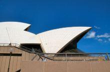 悉尼的标志,世界独一无二的悉尼歌剧院。