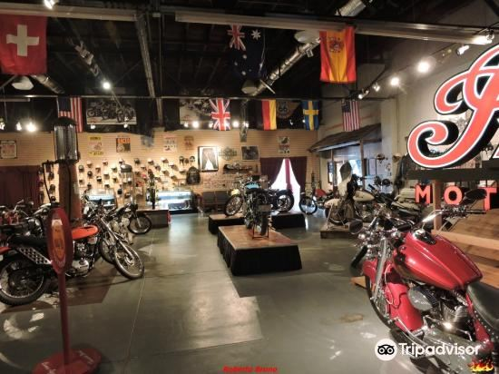 Route 66 Vintage Iron Motorcycle Museum3