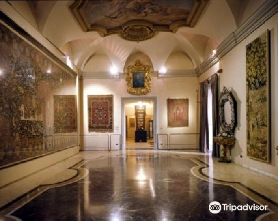 波爾迪佩佐利博物館1