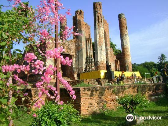Wat Thammikarat2