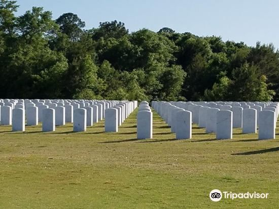 Barrancas National Cemetery2