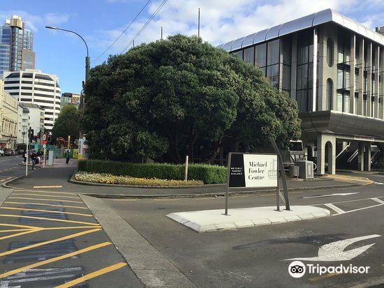 Wellington i-SITE Visitor Information Centre4