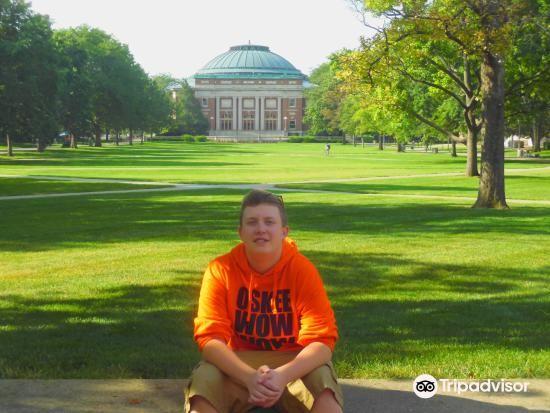 University of Illinois at Urbana-Champaign1