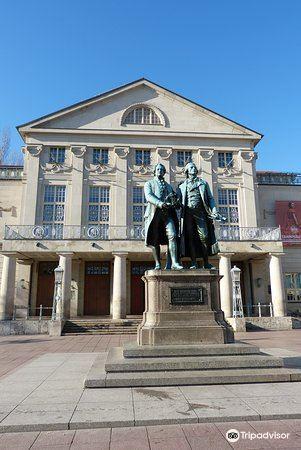 歌德和席勒塑像3