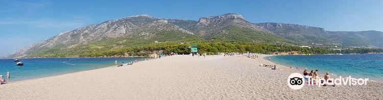 Zlatni Rat Beach3