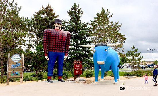 Paul Bunyan and Babe the Blue Ox1