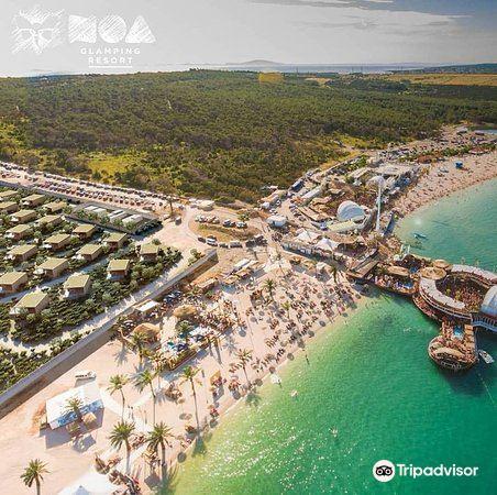 Noa Beach Club1