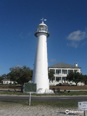 Biloxi Lighthouse4