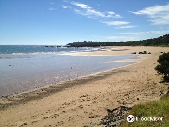 Coles Beach2