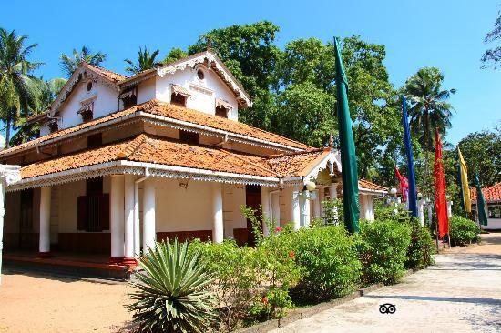 Isipathanaramaya Buddhist Temple2