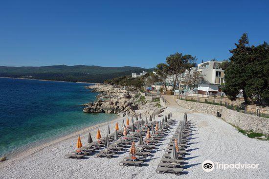 Girandella Beach1
