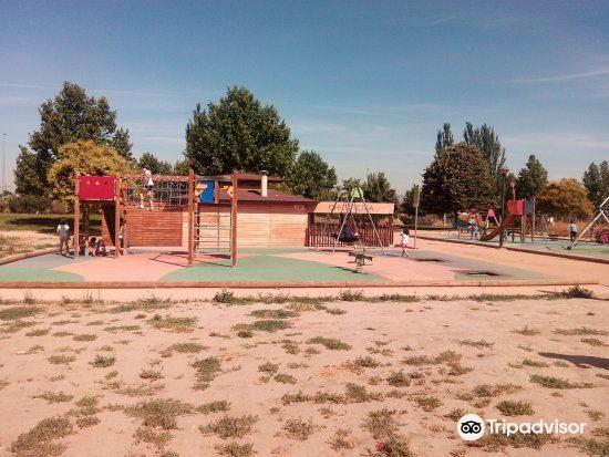 Parque Periodista Tico Medina