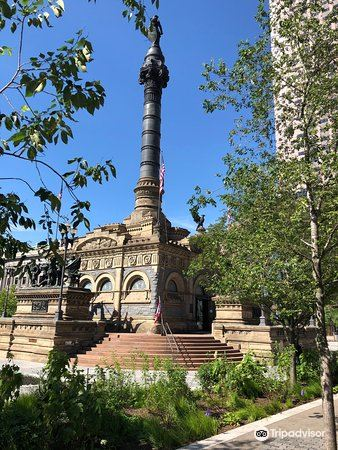 Soldiers' and Sailors' Monument2