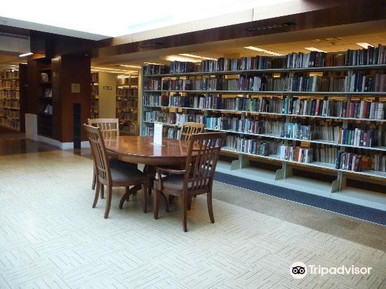Kansas City Public Library3