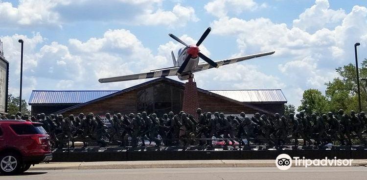 Veterans Memorial Museum2