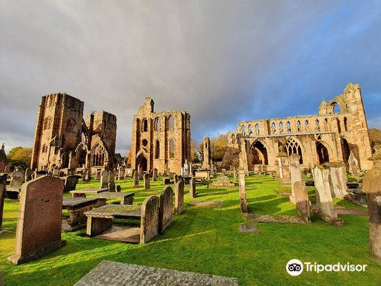 Elgin Cathedral2