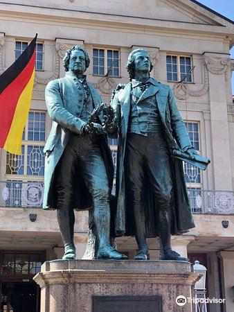 歌德和席勒塑像4
