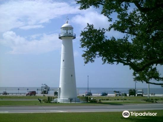 Biloxi Lighthouse2