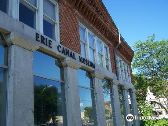 Erie Canal Museum4