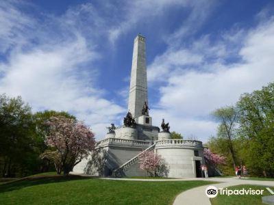 Lincoln Tomb & War Memorials