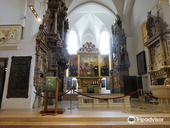 Church of St. Peter and St. Paul (Stadtkirche St. Peter and Paul)1