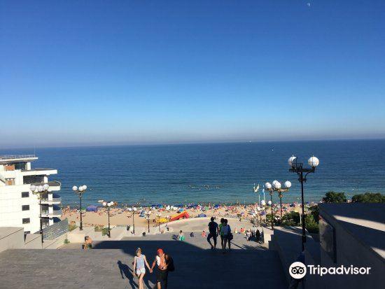 Central City Beach4