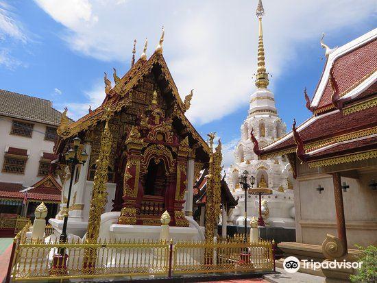 Wat Klang Wiang2