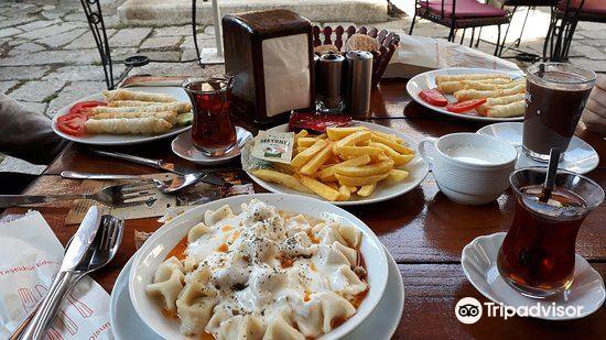 Caferaga Medresesi4