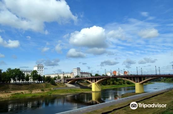 Kirovskiy Bridge1