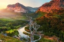 """""""国家公园之父""""约翰·缪尔:筚路蓝缕,以护山林 当代都市生活似乎始终围绕着加不完的班、堵不完的车、建"""