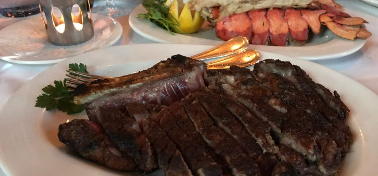 Gotham Steakhouse & Bar2