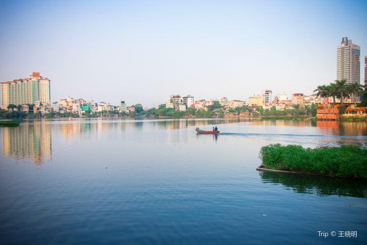 Hanoi West Lake2