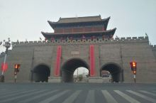 内蒙古阿拉善左旗亲王府、定远营