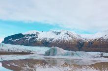是时候和朋友策划一场在冰岛看极光在世界尽头泡温泉的旅行惹