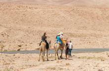 #主题交通# 骑行在50多度的内盖夫沙漠中