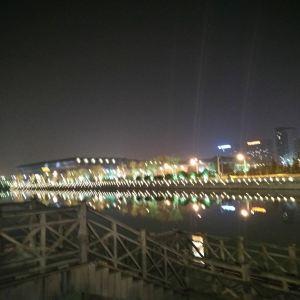 夜游护城河旅游景点攻略图