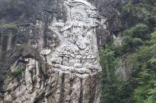 莲花峰瀑布2