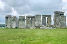 来英国一定要去这里看看:全世界最神秘未解之谜,史前巨石阵  来之前在网上做过功课,说这里也就是几块破