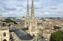 """哥德艺术的巅峰之作,绝对不容错过的小""""巴黎圣母院""""——圣安德烈大教堂  前段时间听闻了巴黎圣母院失火"""