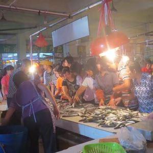 闸坡金海达农贸市场旅游景点攻略图