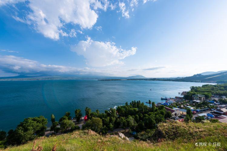 Lake Sevan4